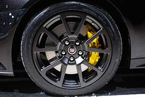 Painting your Brake Calipers Red